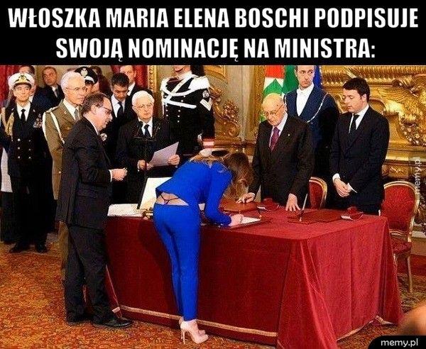 Włoszka Maria Elena Boschi podpisuje swoją nominację na ministra