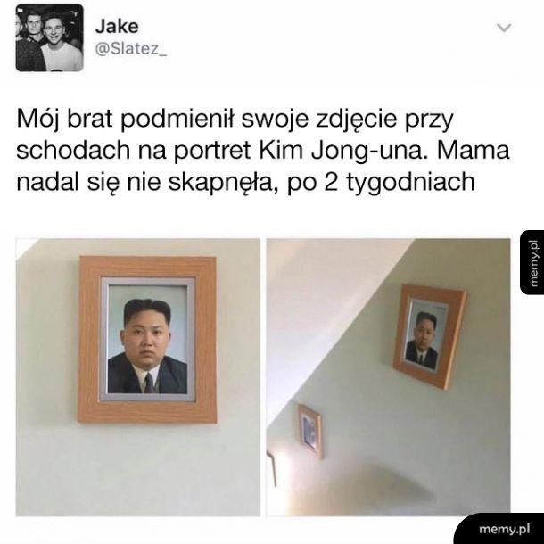 Mój brat podmienił swoje zdjęcie na Kim Jong-una