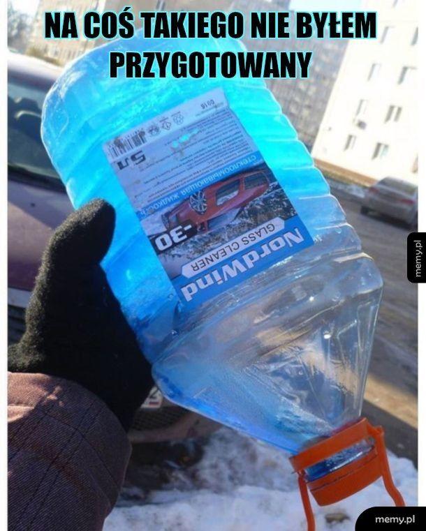 Płyn do spryskiwaczy zimowy trzyma na mrozie -30