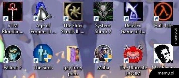 Sąsiedzi podarowali mi stary komputer swojego syna. Te wspomnienia...