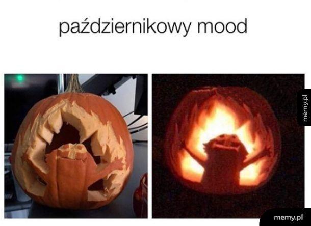 Październik taki jest