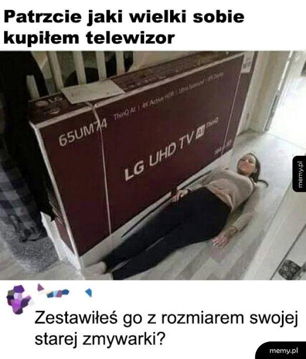 Duży telewizor