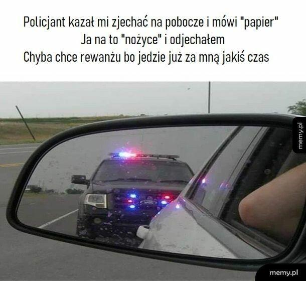 Gra z oficerem