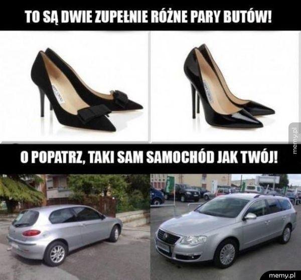 Dwie zupełnie różne pary butów i dwa takie same samochody