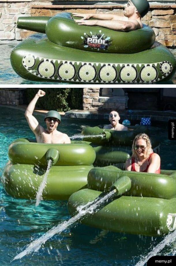 Pływający czołg strzelający wodą, chce to