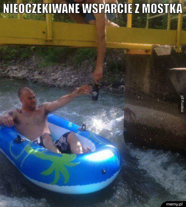 Nieoczekiwane wsparcie z mostka