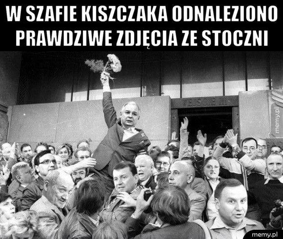 W szafie Kiszczaka odnaleziono prawdziwe zdjęcia ze stoczni