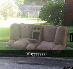 Przerażona życiem kanapa