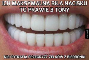 Ludzkie zęby!