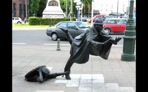 Kreatywne rzeźby i posągi
