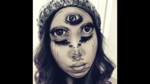 Nietypowy makijaż