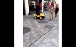 Mały samochodzik