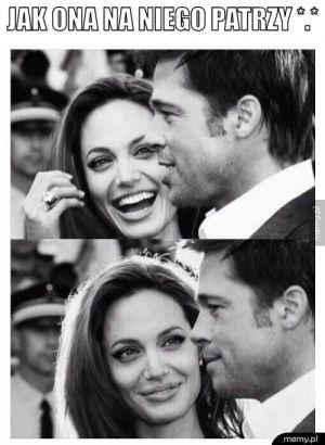 Jak ona na niego patrzy *.*