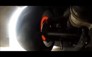 Tarcze hamulcowe w samochodzie wyścigowym