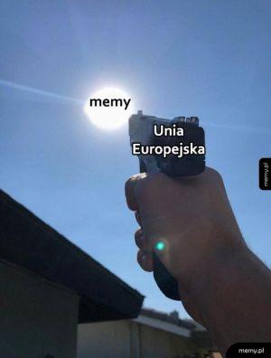 Memy vs Unia