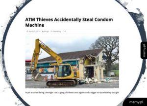 Okradli maszynę do kondomów zamiast bankomatu. to nie mogła być pomyłka