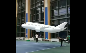 Puszczanie samolotu