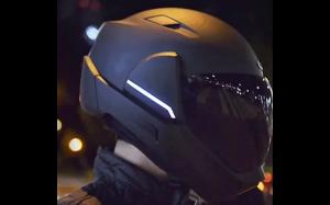 Inteligentny kask motocyklowy