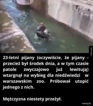 Mężczyzna w zoo