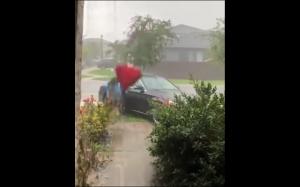 Próba ucieczki przed deszczem