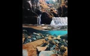 Krystalicznie czysta woda na Alasce