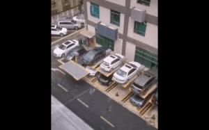 Ciekawy sposób parkowania