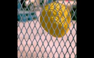Balon  z wodą w slow motion