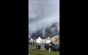 Chmury jak tsunami