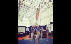 Drużyna akrobatów
