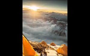 Wschód słońca na Mount Everest