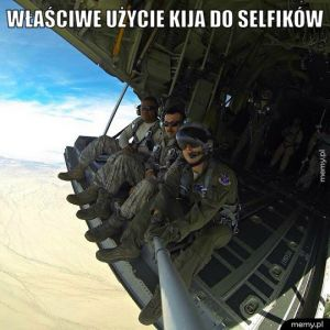 Właściwe użycie kija do selfików.