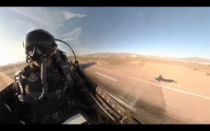 Tak szybko leci F16