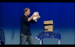 Niesamowita sztuka magiczna - znikający królik