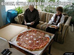 Przytłaczająca pizza