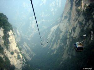Kolejka linowa w chińskich górach Hua Shan