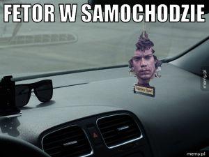 Fetor w samochodzie.