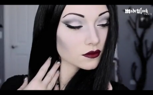 Morticia Addams Cosplay