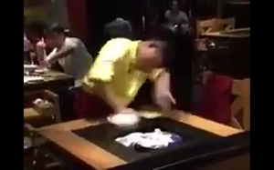 Czyszczenie stołu - level kung fu