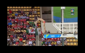 Brazylijczycy przyoszczędzili na basenie dla skoczków. Oto efekt: