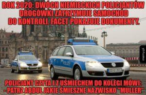 Dwóch niemieckich policjantów